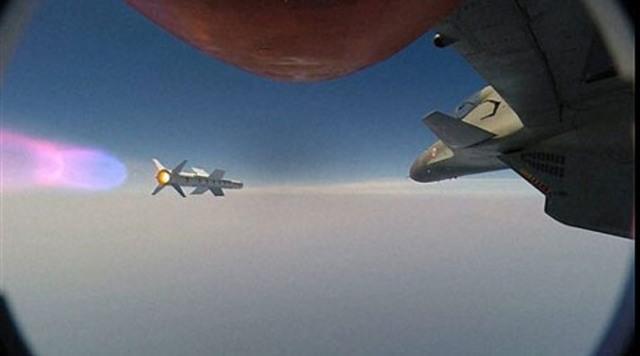 Ấn Độ phóng tên lửa Astra từ máy bay Su-30