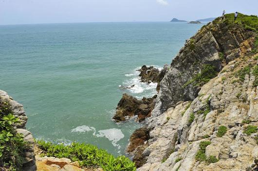 Công bố Quyết định Công nhận Quan Lạn - Minh Châu là Khu Du lịch cấp tỉnh