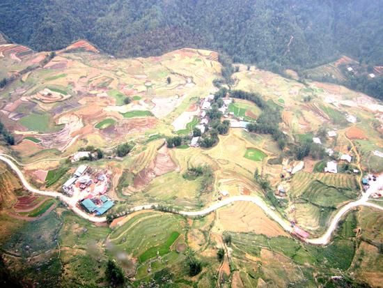Chiêm ngưỡng vẻ đẹp thung lũng Mường Hoa | baotintuc vn