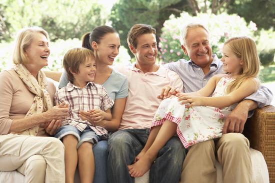 Mối liên hệ giữa tuổi thọ của cha mẹ và con cái | baotintuc.vn