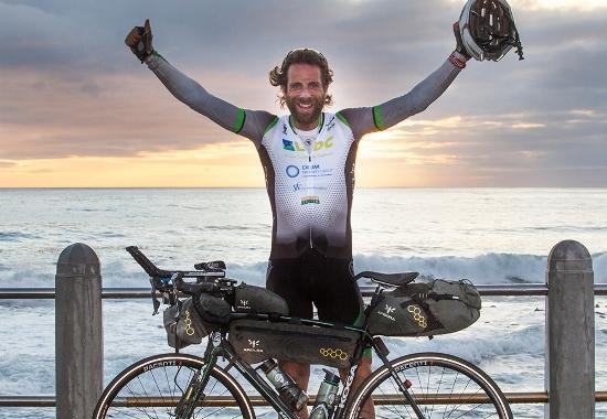 Kỷ lục thế giới mới về đạp xe vòng quanh thế giới | baotintuc.vn