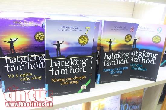 Đưa sách đến trại giam để nuôi dưỡng tâm hồn hướng thiện của phạm nhân