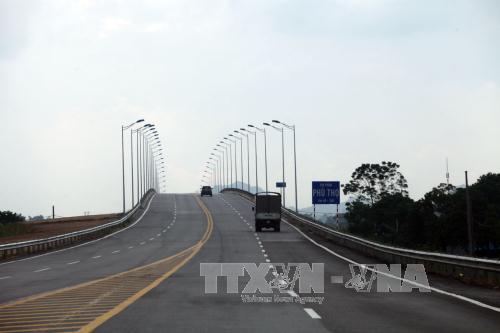 Điểm cuối Dự án đường cao tốc Tuyên Quang - Phú Thọ tại Km40+200 kết nối với nút giao IC9 đường cao tốc Nội Bài - Lào Cai. Ảnh: Huy Hùng/TTXVN