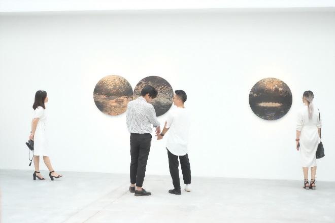'Tỏa 2' – Lát cắt trẻ trung của nghệ thuật đương đại Việt Nam