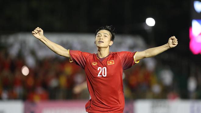 """Philippines 1-2 Việt Nam: Phan Văn Đức vẫn là """"của hiếm"""" của bóng đá Việt Nam"""