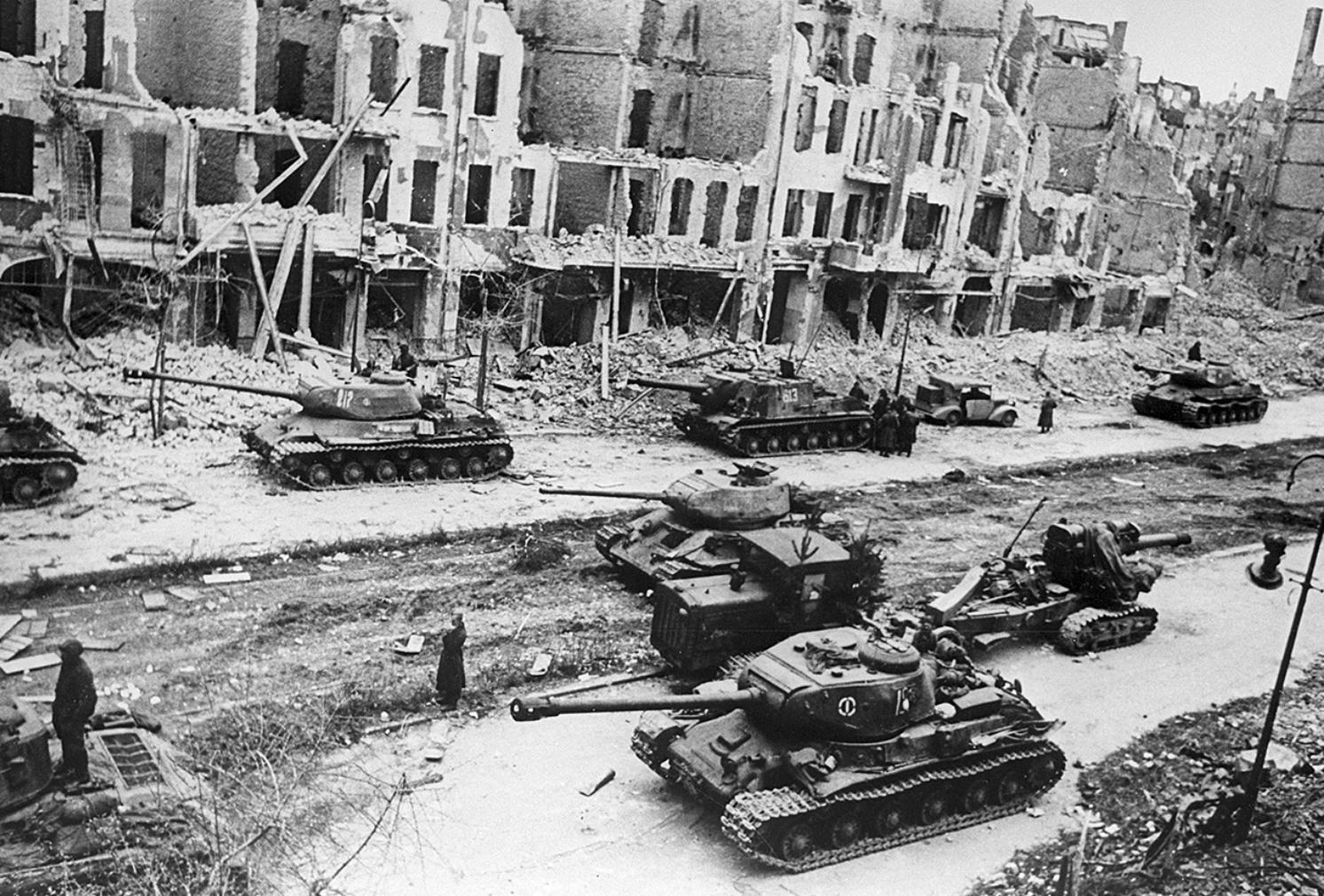 Chiến dịch Berlin – Đòn kết liễu của Hồng quân Liên Xô đối với phát xít Đức