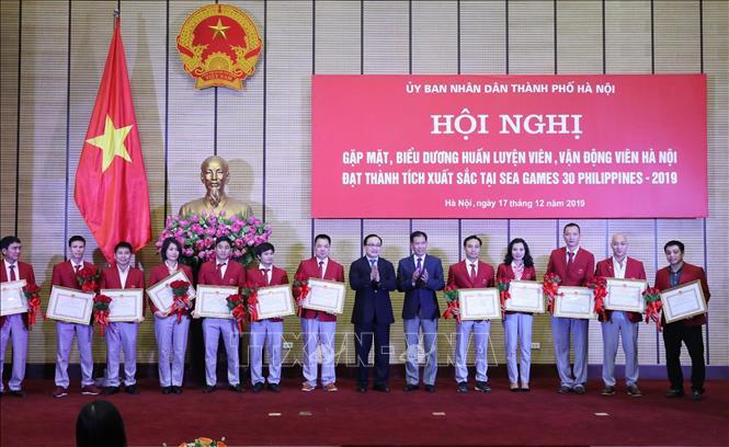 Hà Nội: Khen thưởng các huấn luyện viên, vận động viên đạt thành tích xuất sắc tại SEA Games 30