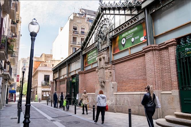 Tây Ban Nha ghi nhận trường hợp nghi nhiễm virus SARS-CoV-2 nhập cảnh đầu tiên