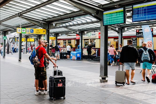 Đức đưa thêm nhiều nước và khu vực vào danh sách nguy cơ cao lây nhiễm COVID-19