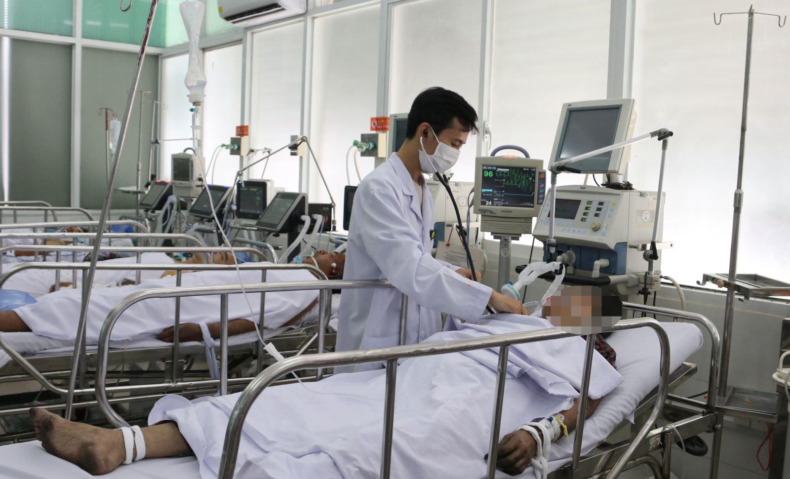 TP Hồ Chí Minh: 3 người bị bỏng nặng do cháy nhà