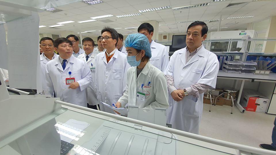 Sức khoẻ 2 bệnh nhân mắc vi rút Corona tại Việt Nam đã ổn định