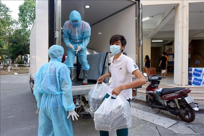 Sáng 8/4, Việt Nam ghi nhận 2 ca mắc mới COVID-19, 1 ca là hàng xóm bệnh nhân 243