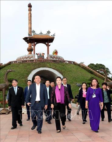 Chủ tịch Quốc hội Nguyễn Thị Kim Ngân làm việc với Ban Thường vụ Tỉnh ủy Quảng Trị  - Ảnh 3.