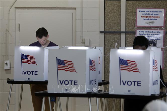 Bầu cử Mỹ 2020: Tòa án tối cao bang Wisconsin phán quyết vẫn tiến hành bầu  cử | baotintuc.vn