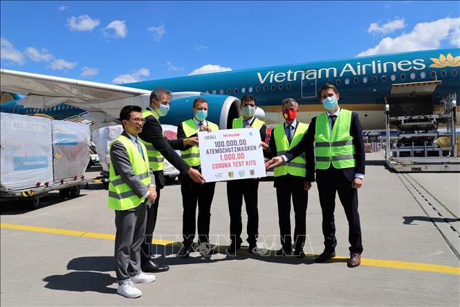 Đức đánh giá cao sự hỗ trợ thiết thực của doanh nghiệp Việt Nam trong phòng chống COVID-19