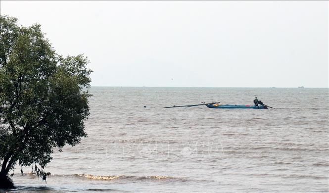 Bộ Tư lệnh Cảnh sát biển hỗ trợ ngư dân có hoàn cảnh khó khăn