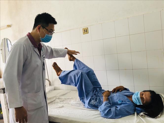 Cứu sống bệnh nhânbị gãy cột sống, nguy cơ tử vong cao