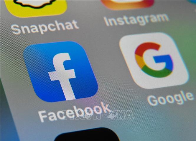 Facebook xóa hàng trăm tài khoản liên quan nhóm cực đoan