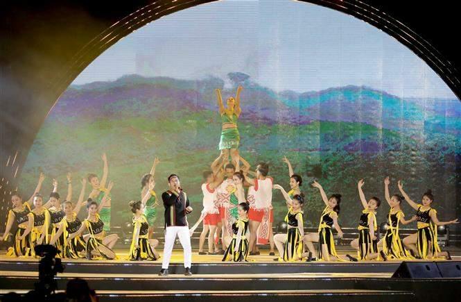 Bế mạc Lễ hội văn hóa thổ cẩm Việt Nam lần thứ 2 - năm 2020 - giá vàng 9999 hôm nay 109