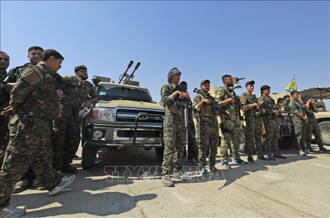 Nhóm vũ trang người Kurd ở Syria giao nộp hơn 100 phần tử IS cho Iraq