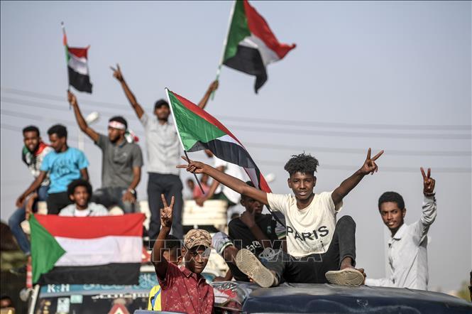 Liên minh châu Phi gia hạn thời gian quân đội Sudan chuyển giao quyền lực