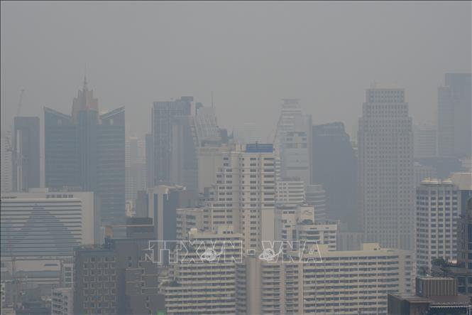 Không khí ở thủ đô Bangkok lại bị ô nhiễm khói bụi