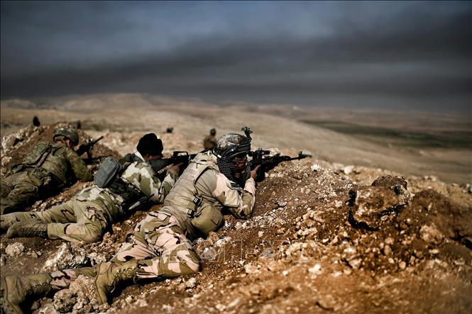 Quân đội Iraq tiến hành chiến dịch chung với lực lượng người Kurd chống IS