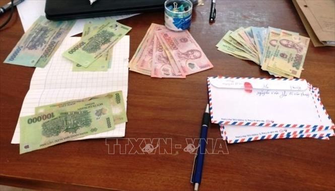 Bắt giữ nhiều nhóm đối tượng đánh bạc ăn tiền ở Quảng Bình
