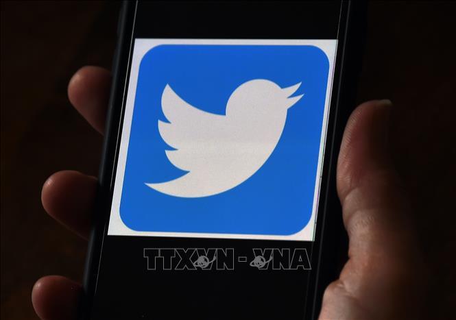 Twitter chặn người dùng liên tục đăng tin sai lệch về vaccine