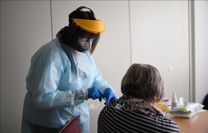 Đức điều chỉnh khuyến nghị về tiêm vaccine Astrazeneca