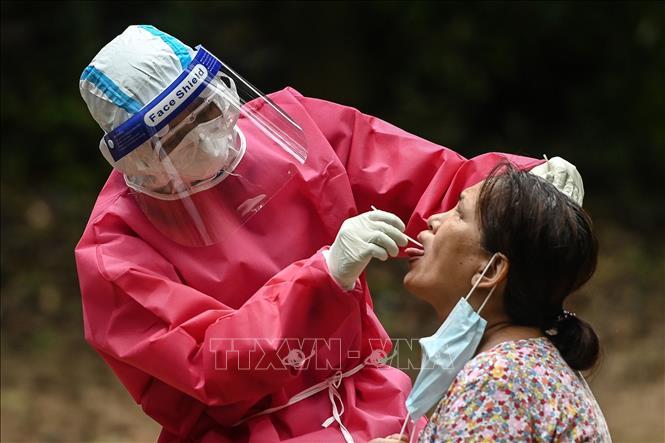 COVID-19 tại ASEAN hết 22/10: Thái Lan gia hạn tình trạng khẩn cấp; Indonesia thêm 4.432 ca mắc mới