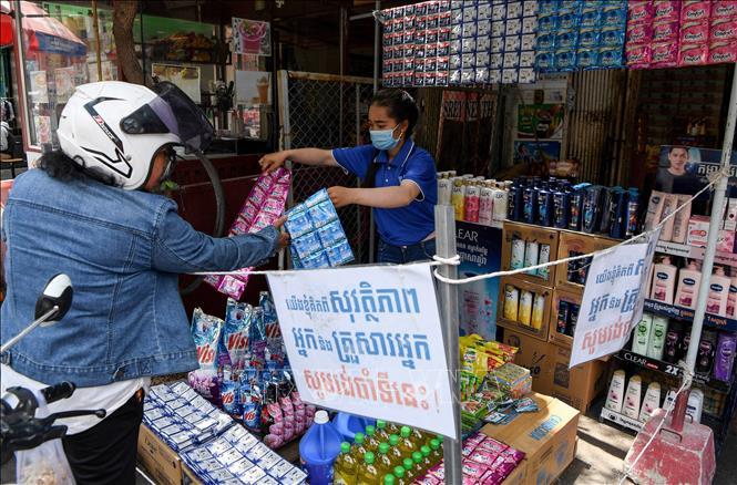 COVID-19 tại ASEAN hết 20/11: Philippines vượt 8.000 ca tử vong; Toàn khối gần 9.000 ca nhiễm/ngày
