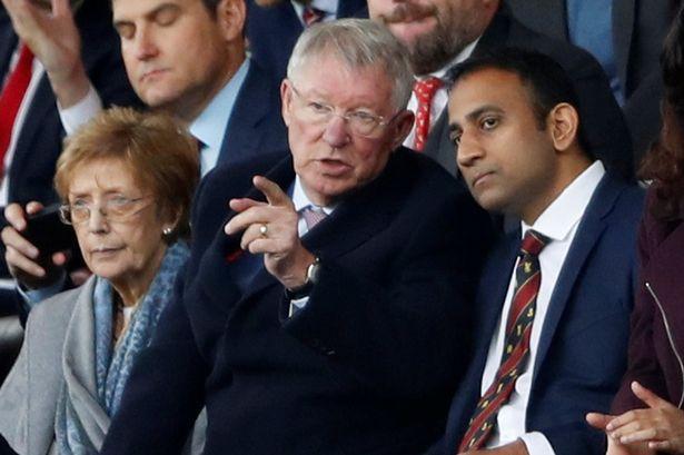 Ngài Alex Ferguson lo ngại cho cuộc chiến nhà Manchester United