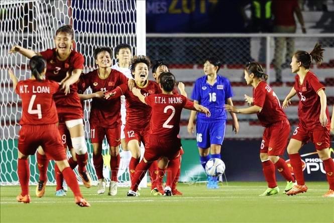 Bảng tổng sắp huy chương 8/12: Bóng đá nữ hoàn tất ngày vàng kỷ lục của thể thao Việt Nam tại SEA Games 30