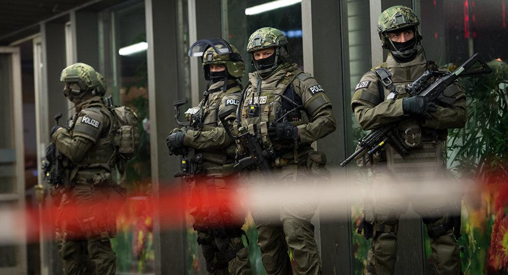 Đức lật tẩy nhóm sĩ quan, đặc nhiệm âm mưu sát hại các chính trị gia