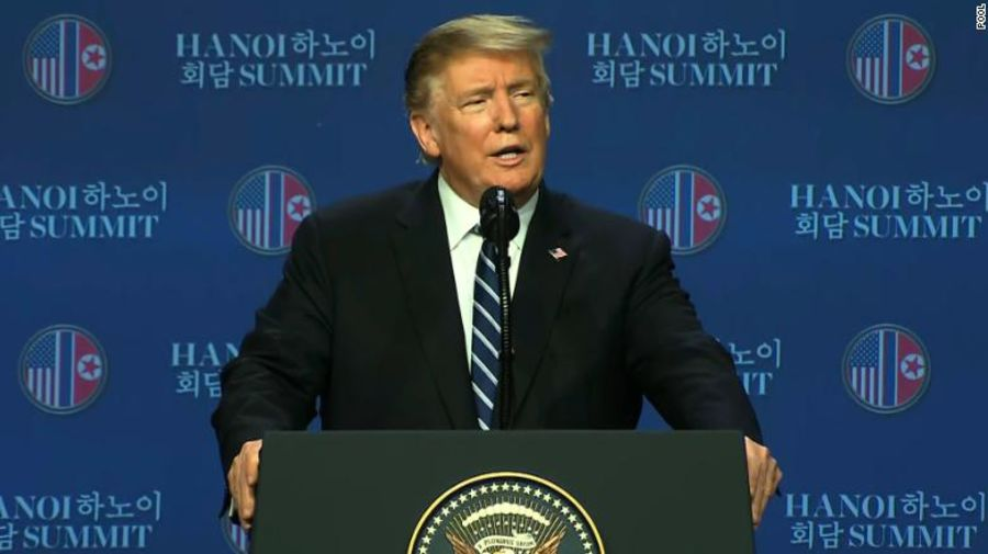 Tổng thống Mỹ Donald Trump phát biểu tại họp báo. Ảnh: CNN