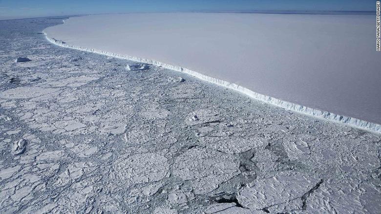 1/3 thềm băng ở Nam Cực có nguy cơ tan chảy nếu Trái Đất nóng lên