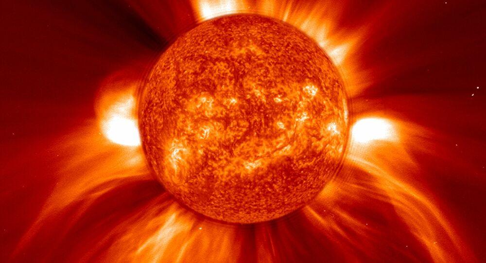 Gió Mặt Trời vận tốc 400km/giây gây ra vết nứt trên từ trường Trái Đất