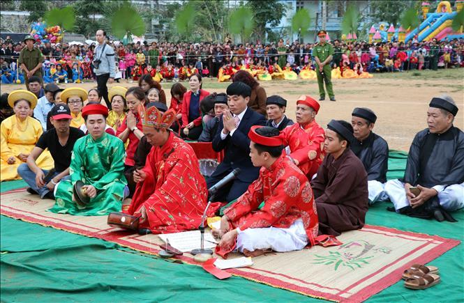 lễ hội, Lồng Tông, ngày hội Lồng Tông, người đông
