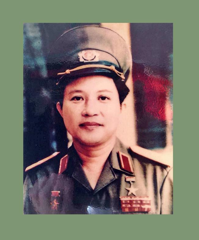 Nguyễn Huy Hiệu khi 40 tuổi, được phong tướng