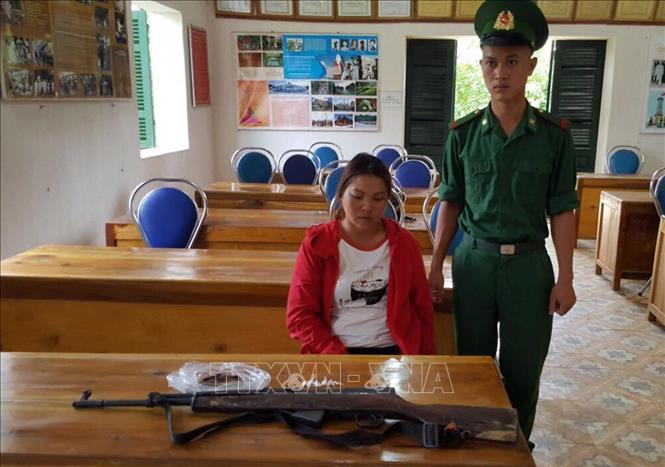 Đối tượng Sùng Thị Vàng, trú tại bản Sơn Tống B, xã Na Tông, huyện Điện Biên. Ảnh: Phan Tuấn Anh/TTXVN