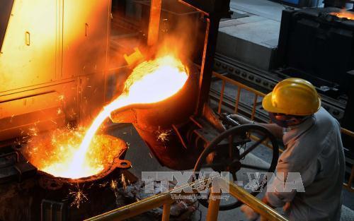 Sản xuất khuôn đúc tại nhà máy của Tổng công ty Máy động lực và máy nông nghiệp Việt Nam, Khu công nghiệp Hiệp Phước, TP Hồ Chí Minh. Ảnh: An Hiếu/TTXVN
