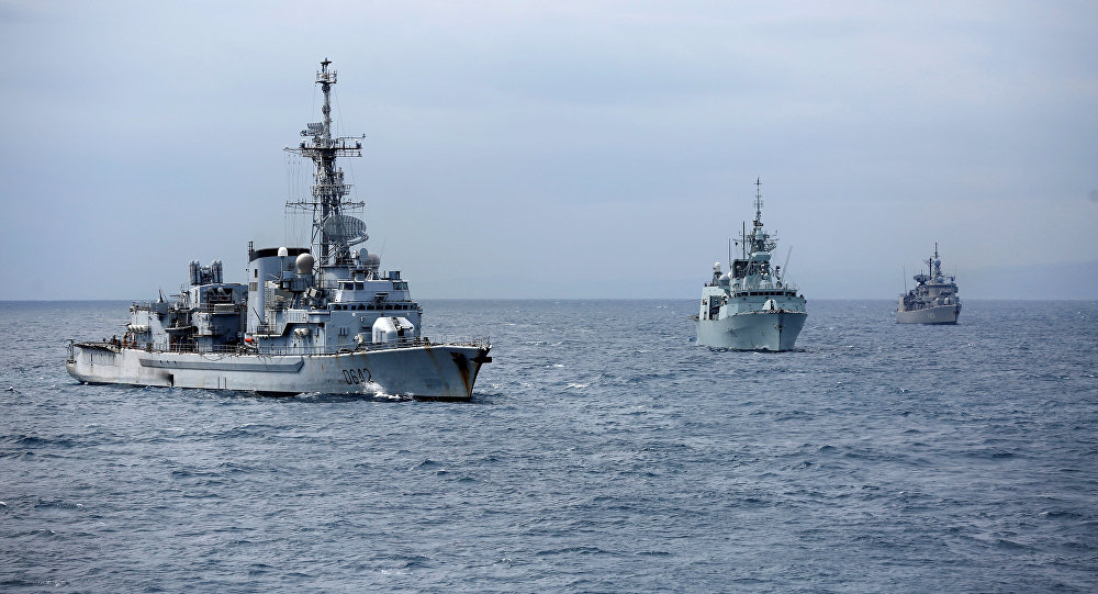 Tàu chiến NATO tiến sát bờ biển Syria, chuẩn bị tấn công lớn?