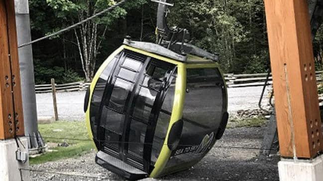 Cảnh sát cho rằng dây cáp bị cố ý cắt đứt. Ảnh: CNN