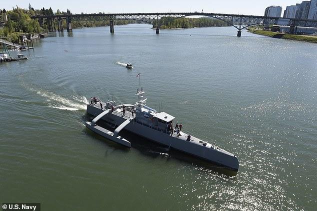Mỹ lộ kế hoạch đầu tư 1 tỷ USD phát triển 'Hạm đội Bóng ma'
