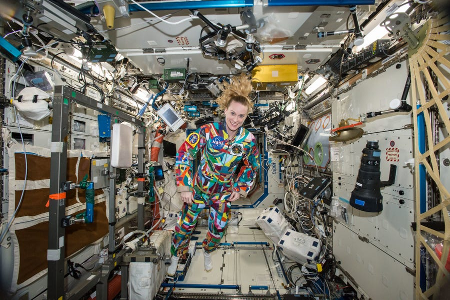 Ba phi hành gia trở về Trái Đất an toàn sau nửa năm trên Trạm ISS