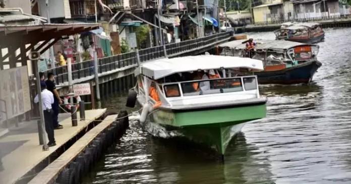 ''Venice phương Đông'' giải quyết tắc đường bằng kênh rạch