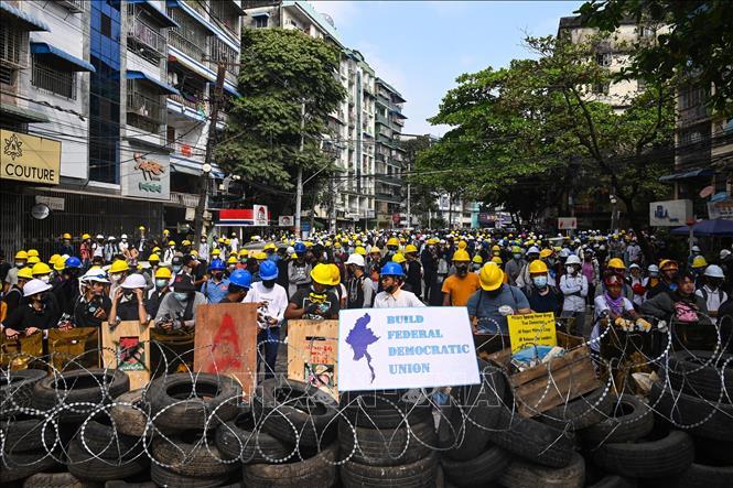 Lực lượng an ninh Myanmar bắt giữ thủ lĩnh biểu tình