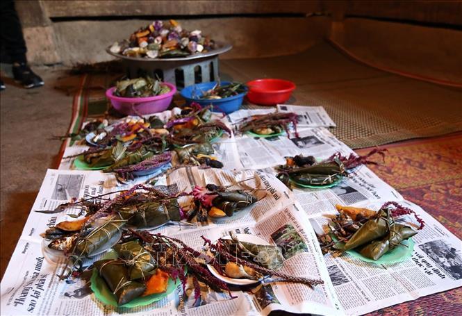 Các lễ vật trong lễ Mền Lóong Phạt Ái của đồng bào dân tộc Cống. Ảnh: Phan Tuấn Anh/TTXVN