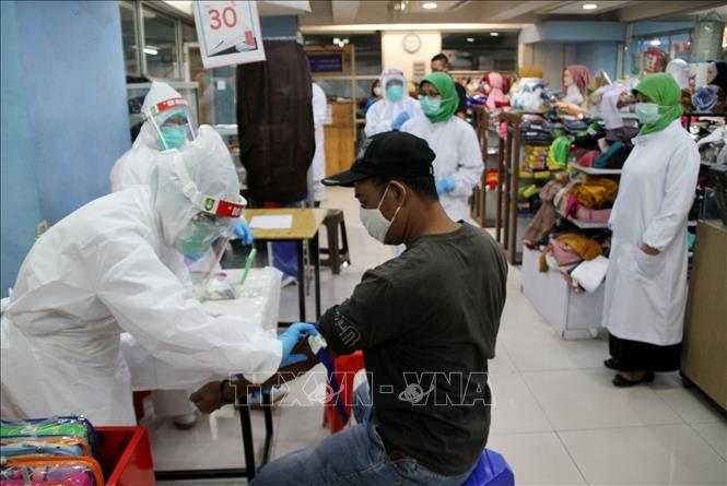 Indonesia ghi nhận 700 ca nhiễm mới virus SARS-CoV-2
